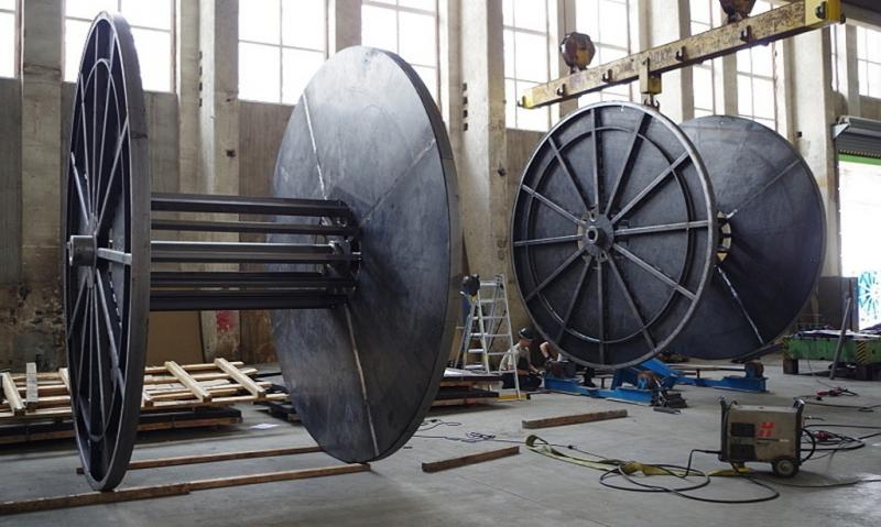 výroba ocelových cívek velkých
